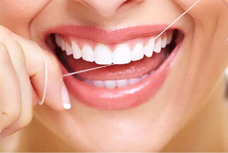Có nên làm răng sứ không và làm ở đâu hiện nay tốt nhất TPHCM?
