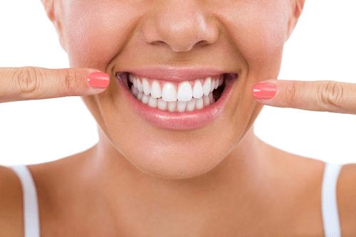 Làm răng sứ thẩm mỹ giá bao nhiêu tiền hiện nay?
