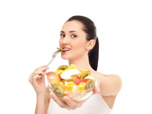 Hướng dẫn cách chăm sóc răng sứ đúng cách để răng luôn sáng bóng